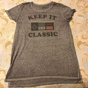 Keep It Classic Nintendo Shirt Women's XL